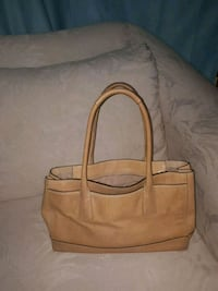 Vintage coach camel color Burlington, L7R 3P3