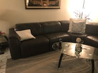 Black leather tufted sectional sofa Lauderhill, 33319