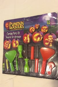 Pumpkin carving kit. With 12 pattern papers Toronto, M1K 4E1