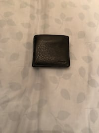 black leather bi-fold wallet Mississauga, L5M 6V3