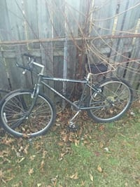 Scott bounder bike 8 speed 20 km