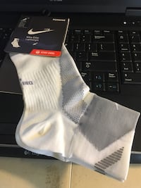 Nike Running Socks Size Large  Spring, 77388