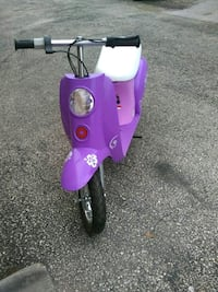 Little girls electric scooter 10+ Austin, 78728