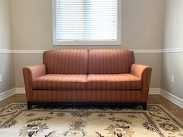 Three-seater Pull-Out Couch (with FREE delivery)