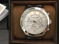 Michael Kors Watch (small wrist) don't have the extra links  Hamilton