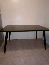 Table for sale  Pickering, L1V 5T5