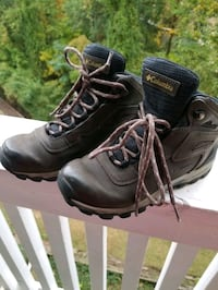 COLUMBIA YOUTH BOOT Tysons, 22102