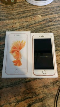 rose gold iPhone 6s with box Toronto, M1R 3A7