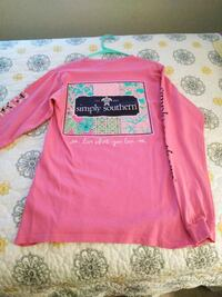 pink and black crew-neck long-sleeved shirt Clemmons, 27012