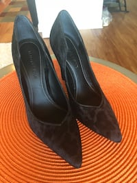 pair of black suede heeled shoes Alexandria, 22303