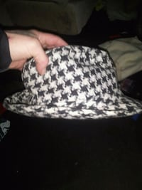 """Party Royal  Hounds tooth """"Bear Bryant"""" Fedora Anniston, 36206"""