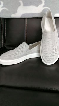 Women's Crocs slip on. Sz 8 King George, 22485