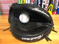 "Akadema Pro series 33.5"" LHT catcher mitt Falls Church, 22042"
