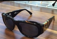 100% authentic Versace sunglasses come with box and everything  Greenbelt, 20770