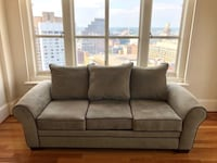 Beautiful Olive Sofa in Excellent Condition Baltimore, 21202