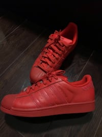 Adidas Superstars Size 7.5 Mens Toronto
