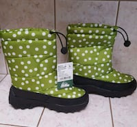 Girls snow boot size 5