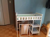 Changing table  Mascouche, J7K 3T2