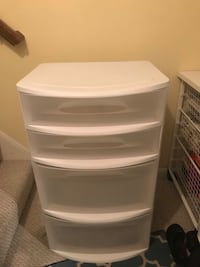 white plastic 3-drawer chest Herndon, 20171