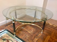 Round glass top table with stainless steel base New York, 10024