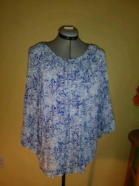 Women tops 2XL Woodbridge, 22193