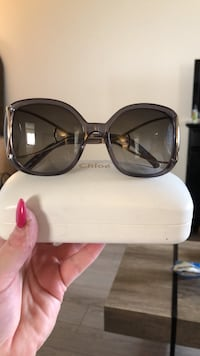 Chloé Jackson Sunglasses & case NEW