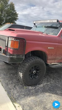 Ford - Bronco - 1989