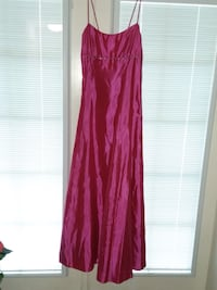 Beautiful formal gown worn once.  Perfect for prom, formal parties/dances, weddings, etc. dark pink Boca Raton, 33487