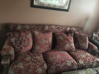 Burgundy and gold 3 seat sofa with matching love seat. 2 pcs, very nice and clean... no pets. Stafford, 22554