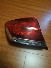 [PHONE NUMBER HIDDEN] 5 Honda civic sedan left tail light Santa Fe Springs, 90670