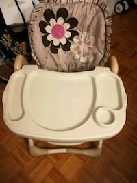 Baby high chair Toronto, M6A 1X3