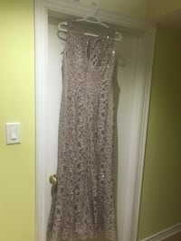 Nice formal dress Got it from Laura size 12 for $350 Aurora, L4G 6N1
