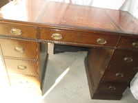GORGEOUS Antique 1930s Andrew Malcolm Walnut Desk or Vanity Whitchurch-Stouffville