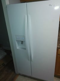 Whirlpool Refrigerator with Ice Maker Falls Church, 22041