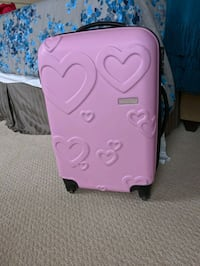 Good used condition Mary Kay carry on suitcase luggage Calgary, T3M 0T4