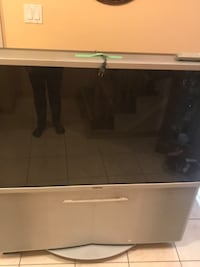Sony Large TV (Selling for Best Offer)