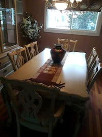 rectangular brown wooden table with chairs dining set North Massapequa, 11758