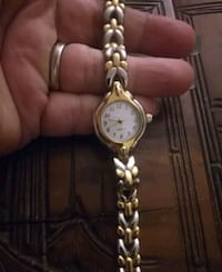 round gold-colored analog watch with link bracelet Baltimore, 21206