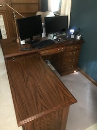 brown wooden desk with hutch Southfield, 48034