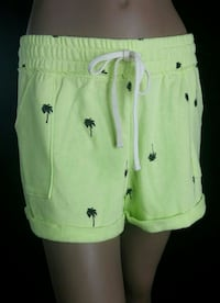 New with tags Juicy couture shorts