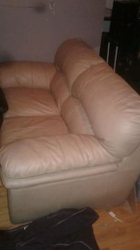 brown leather 3-seat sofa Windsor