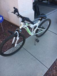 white and green full suspension mountain bike Surprise, 85374