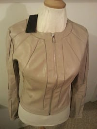 Guess jacket size S brand new  Edmonton, T5N 3A1