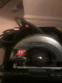 7 14 corded Skill saw, used maybe 10 times Toronto, M4J