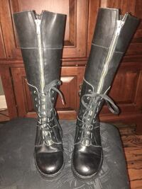 AWESOME DESIGNER BOOTS SIZE women's 5 Parkville, 64152