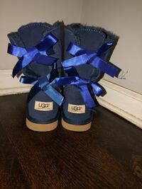 Blue ugg boots size 7