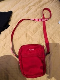 Supreme shoulder bag Chicago, 60652