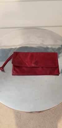 Red leather purse Toronto, M4P 2E7