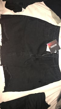 BRAND NEW BLACK SKIRT Mississauga, L5M 0H9