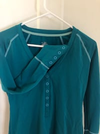 Under armour Woman's  (size medium) Smith-Ennismore-Lakefield, K0L
